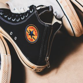 Converse All Star Chuck Taylor Vintage Back Zip Hi's